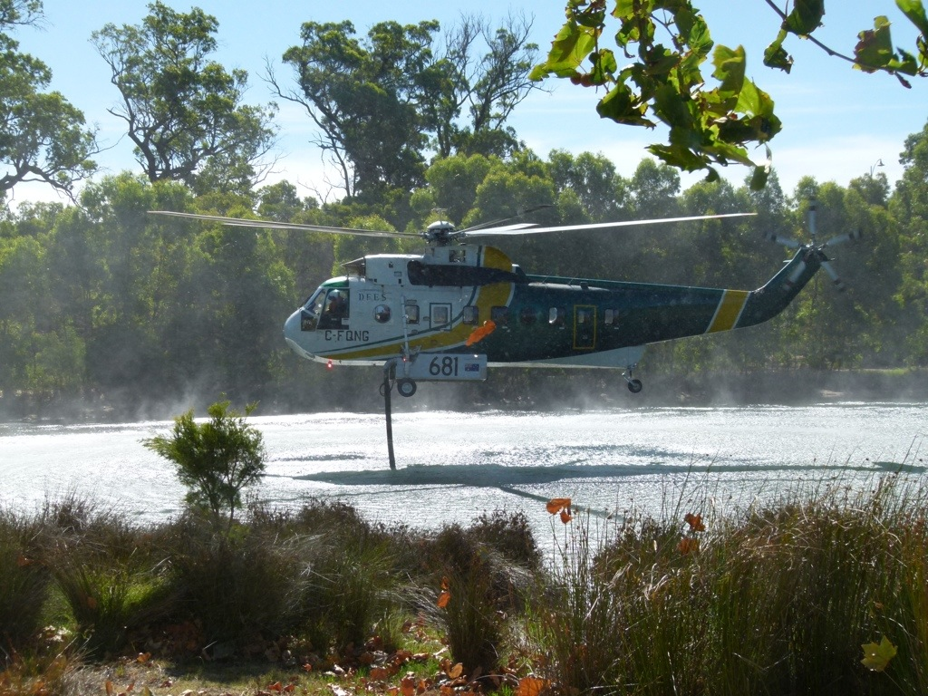 Surprise visit by the Firefighting helicopter